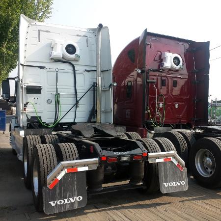 IQ Installs Volvo Freightliner Truck 2